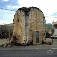 Mausoleo romano, en Abla, antes de su restauración